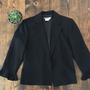 Maggy London - Black 3/4 Blazer - 8